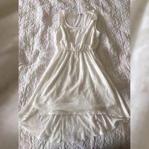 EUC Charlotte Russe hi/lo lace dress